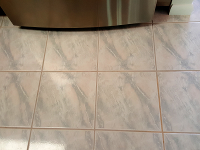 Dirty Tile & Grout lines