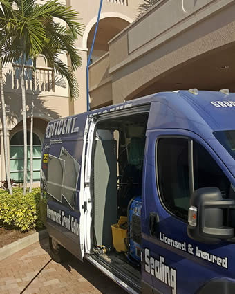 Tile Cleaning Truck