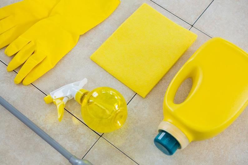 yellowing tile floors