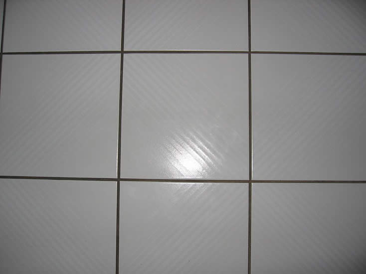 removing stains on tile floors